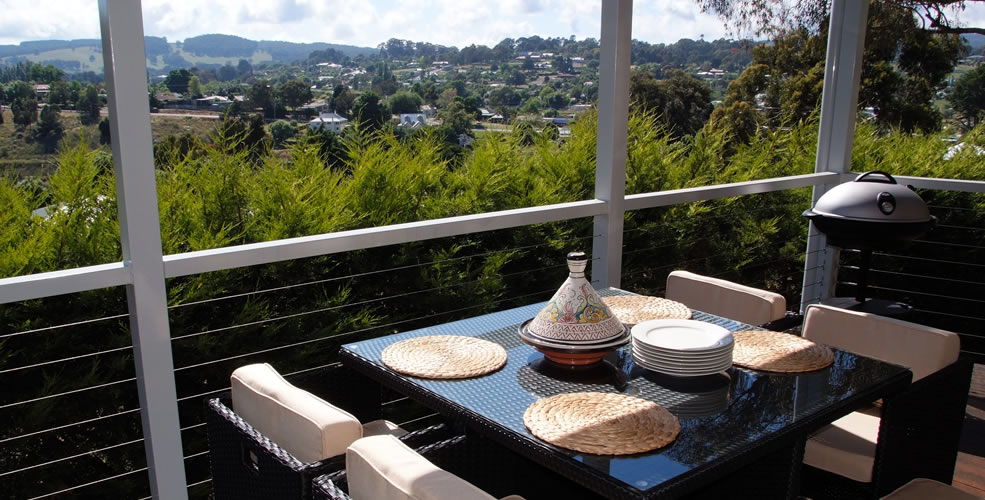 Outside Decking Area overlooking Beechworth